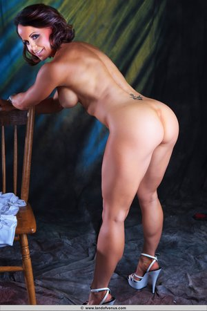 Female Bodybuilder Ass Pictures